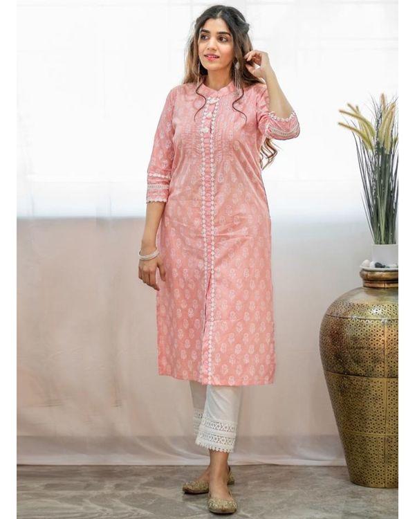 Blush pink khari block printed kurta with pants and crinkled dupatta - Set Of Three 2