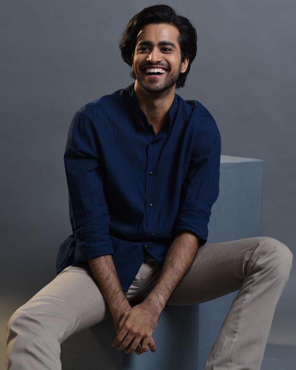 Blue pocket embroidered shirt 2