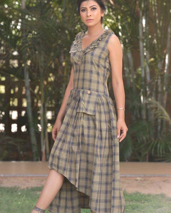 Grey checkered frill dress 2