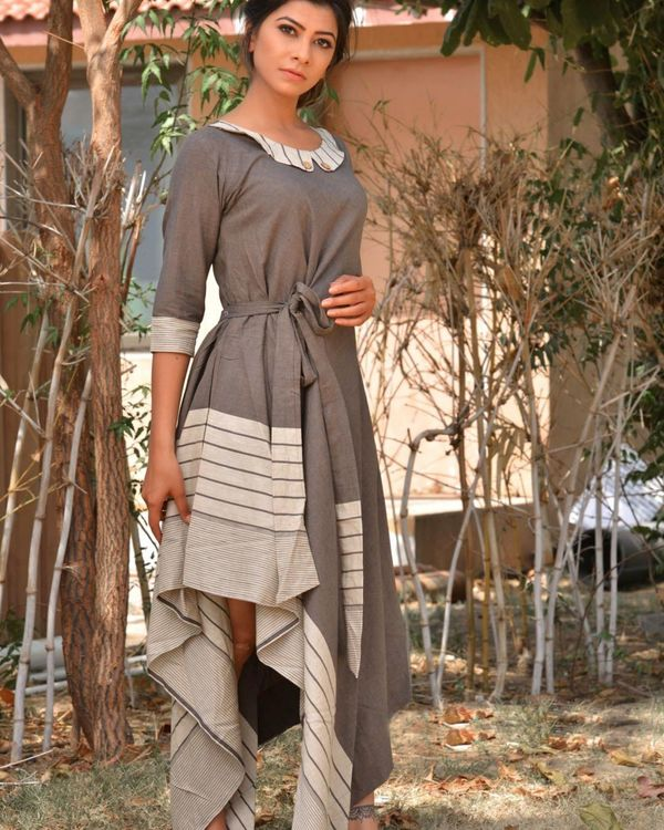 Grey and white side tie-up dress 2