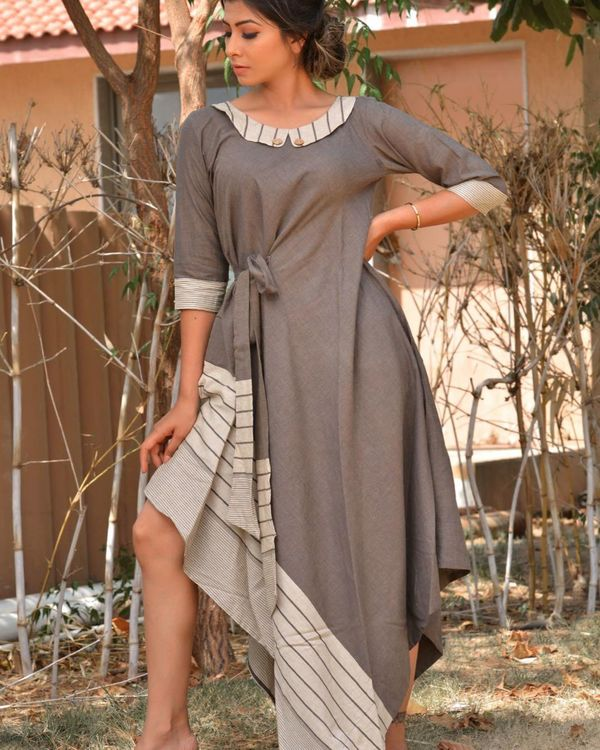 Grey and white side tie-up dress 1