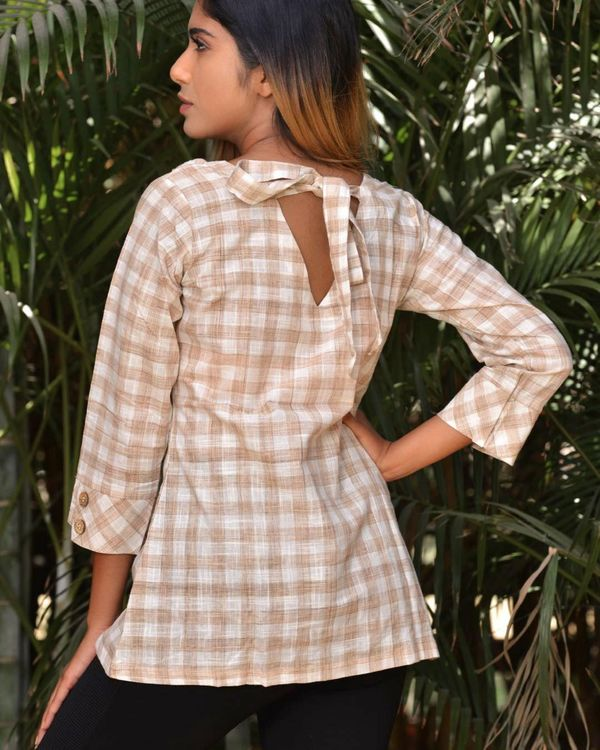 Beige and white checkered top 2