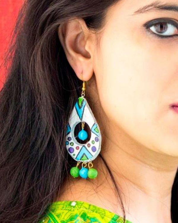 Vibrant hued drop earring 1