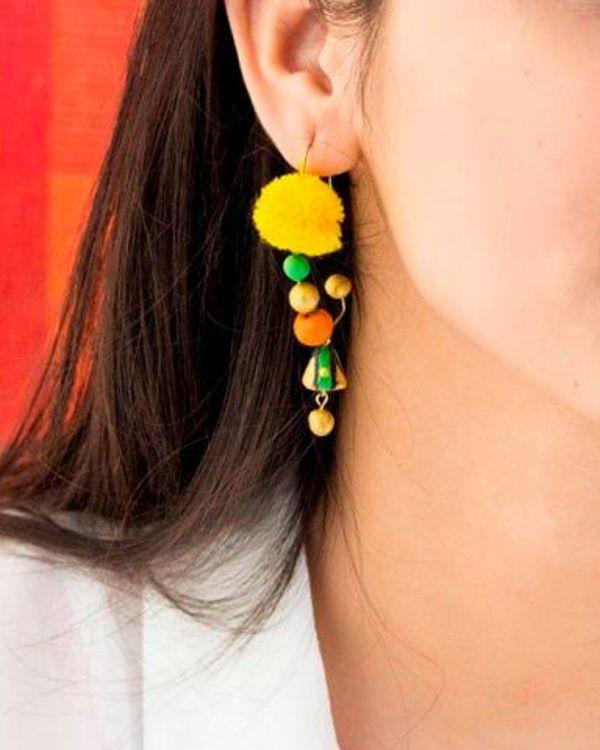 Pom pom terracotta hook earring 1