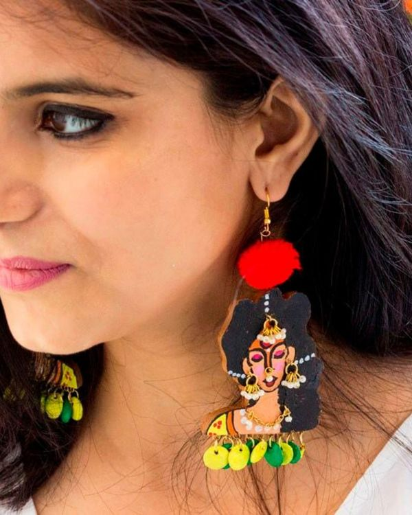 Indian lady terracotta earring with beads 1