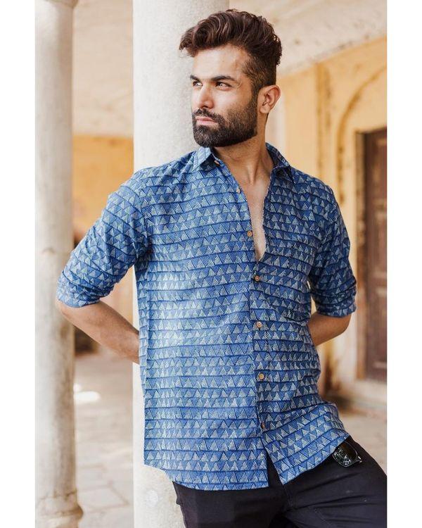 Indigo trigon striped shirt 1