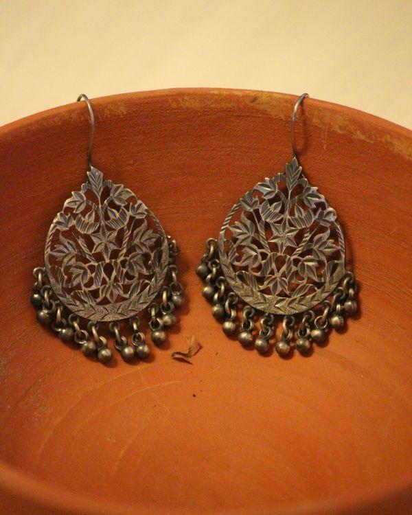 Patra work oxidized ghunghroo earring 1