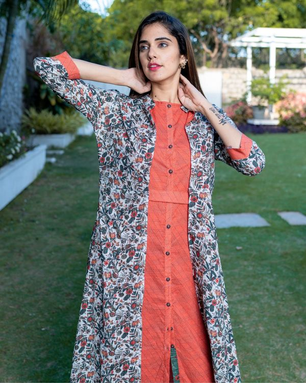 Red striped buttoned dress with floral printed jacket and pants - Set Of Three 1