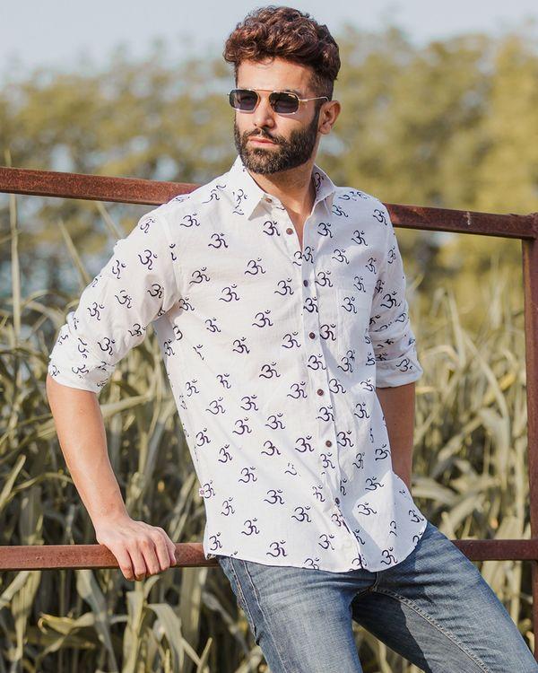 White om motif printed shirt 2