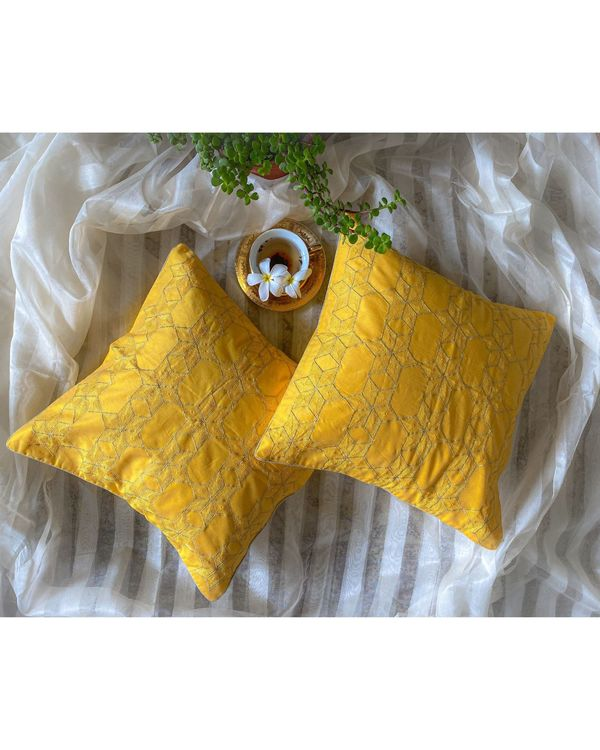 Yellow star embroidered cushion cover 1