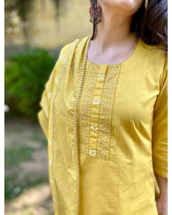 Canary yellow block printed kurta and pants with dupatta - Set Of Three 1