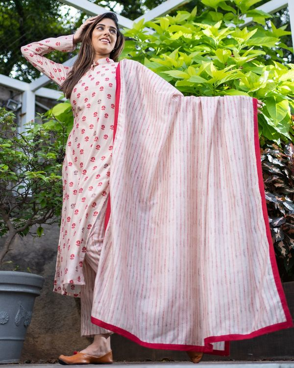 Beige and red floral kurta and striped pants with dupatta - Set Of Three 3