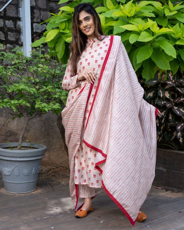 Beige and red floral kurta and striped pants with dupatta - Set Of Three 1