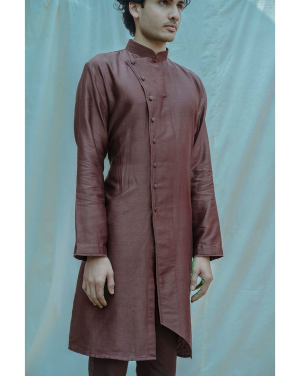 Brown chanderi silk mandarin kurta with pants - Set Of Two 1