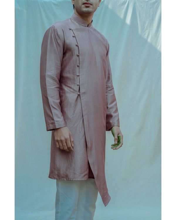 Mauve chanderi silk kurta with off white pants - Set Of Two 1