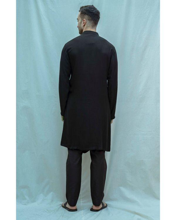 Black paneled cowl kurta with pants - Set Of Two 2