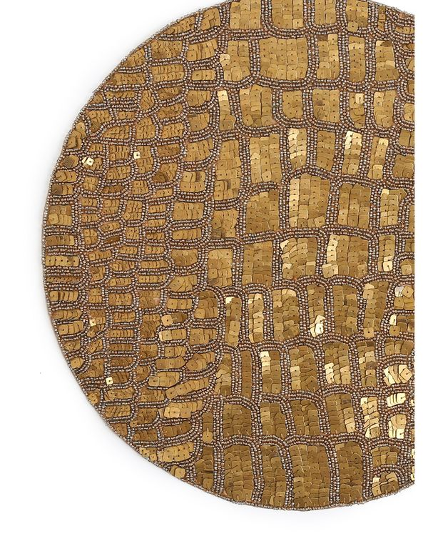 Handcrafted sequined table mat 1