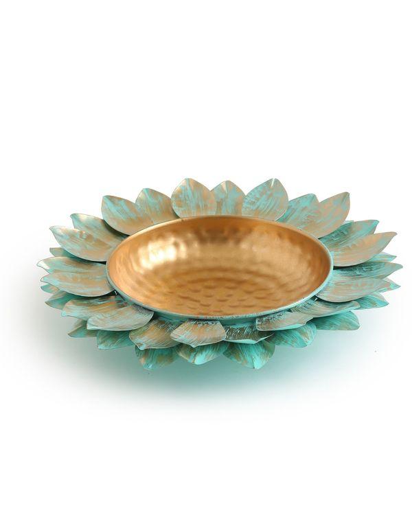 Lotus motif urli with patina finish - Small 2