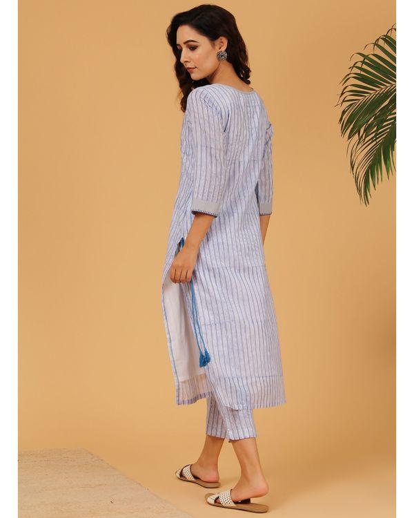 Blue and grey striped yoke kurta and pants - Set Of Two 3