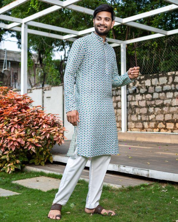 Blue and green boota printed kurta with white pyjama - Set Of Two 1