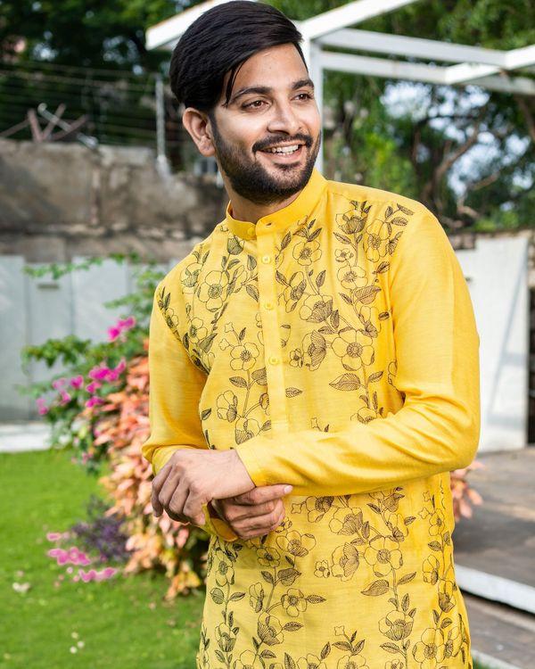 Sunshine yellow floral embroidered kurta with black pyjama - Set Of Two 1