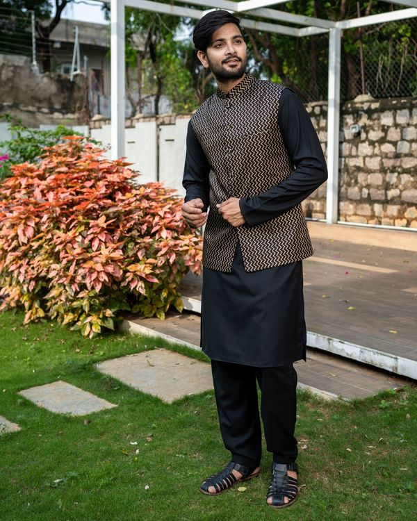Black chevron printed brocade nehru jacket with black kurta and pyjama - Set Of Three 2