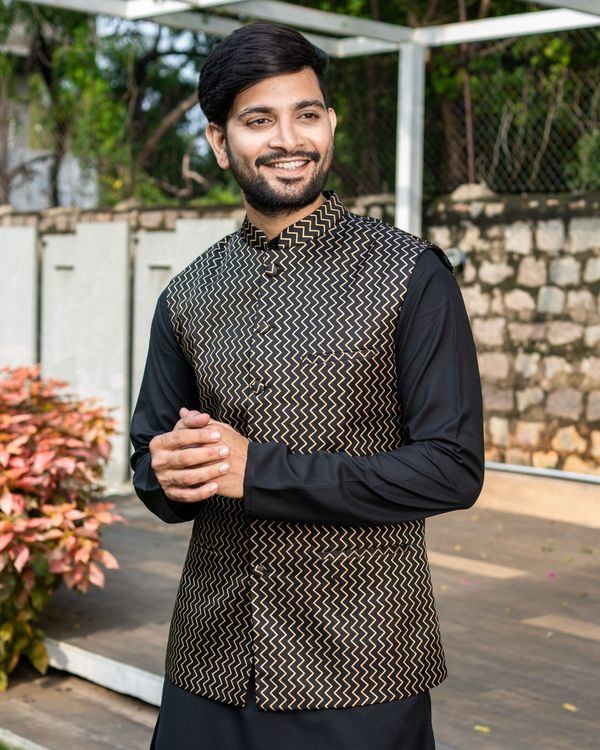 Black chevron printed brocade nehru jacket with black kurta and pyjama - Set Of Three 1