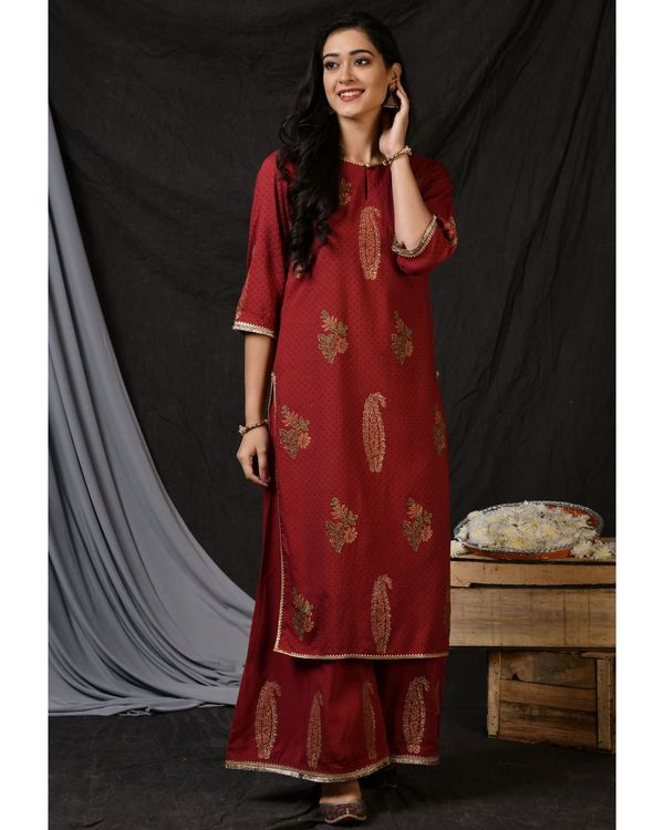 Maroon floral printed kurta with palazzo and ombre dyed dupatta - Set Of Three 3