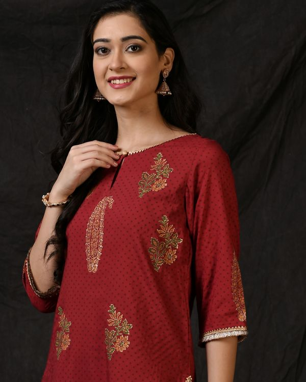 Maroon floral printed kurta with palazzo and ombre dyed dupatta - Set Of Three 1