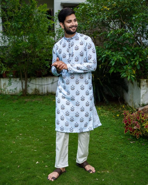 Light blue boota printed kurta 3