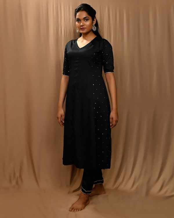 Black paneled gota anarkali kurta and pants with scalloped dupatta - Set Of Three 1