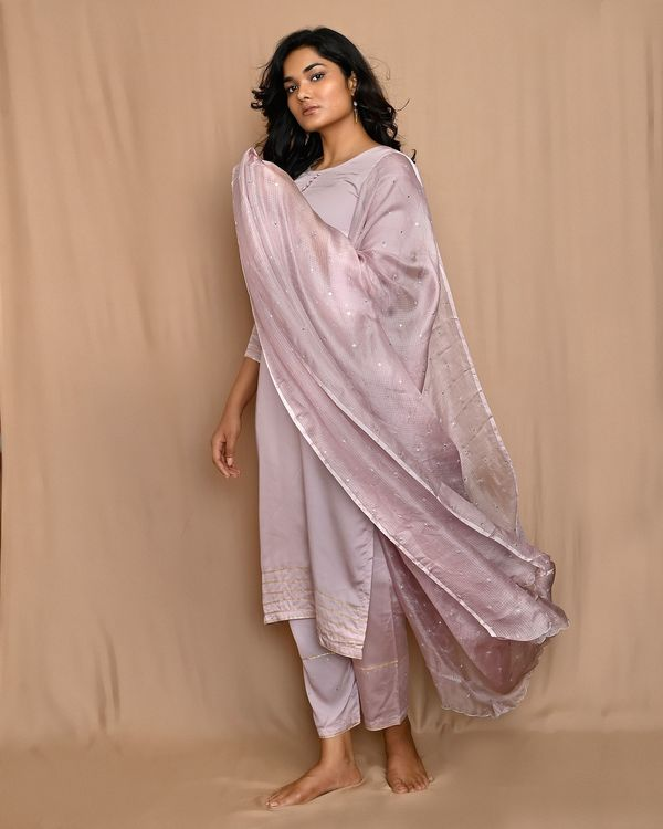 Mauve gota work sequined kurta and pants with scalloped dupatta - Set Of Three 1