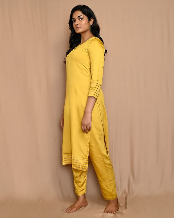 Yellow gota work sequined kurta and pants with scalloped dupatta - Set Of Three 1