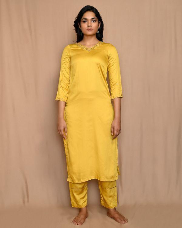 Yellow embroidered modal silk kurta and pants with dupatta - Set Of Three 2
