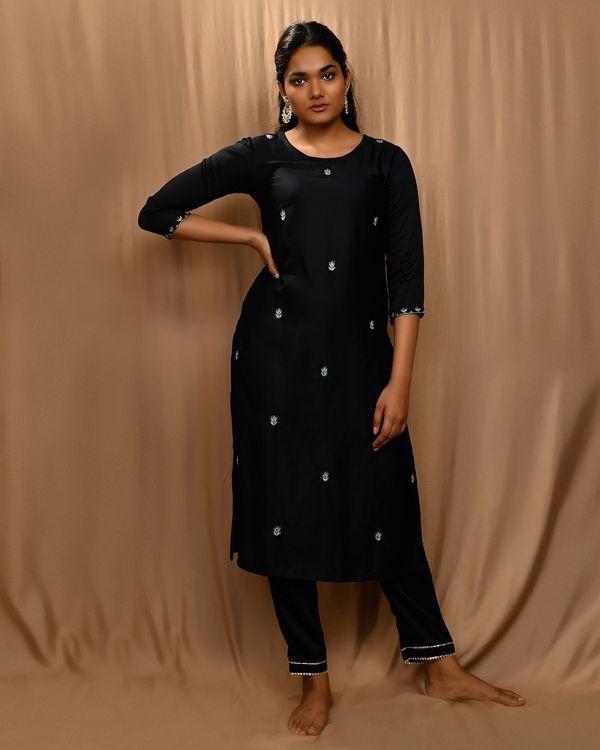 Black embroidered kurta with gota pants and kota doria dupatta - Set Of Three 2
