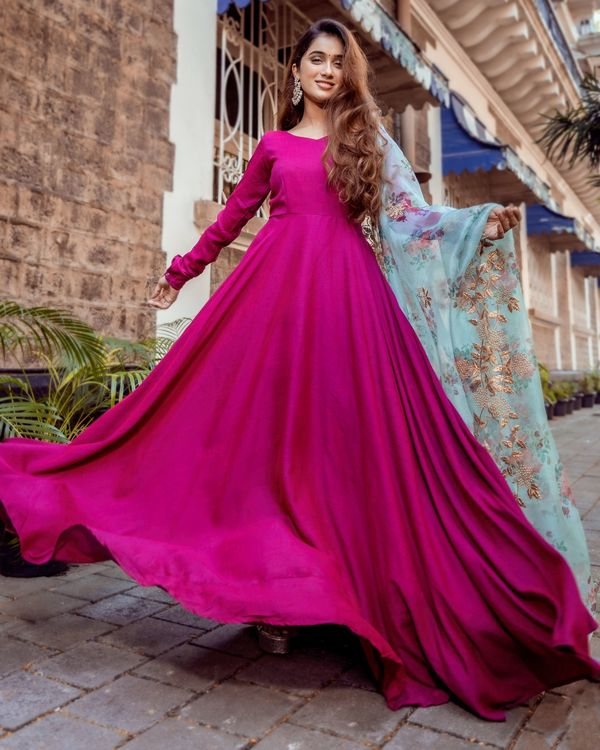 Dual toned flared anarkali dress with floral organza dupatta - Set Of Two 2