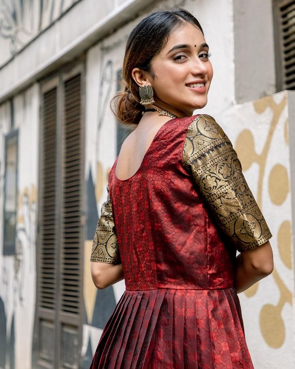 Red floral motif pleated dress with zari border detailing 4