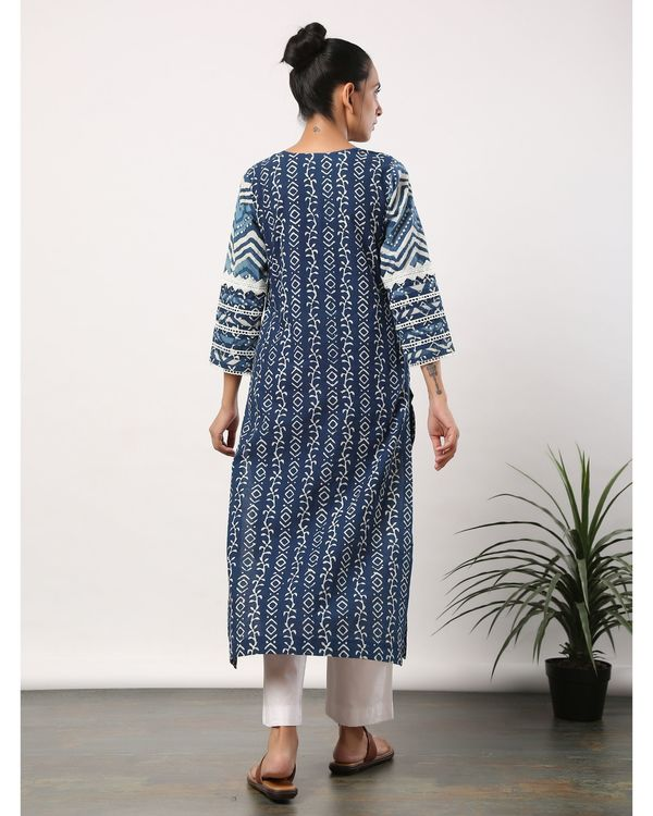 Indigo printed straight kurta with lace detailing 3