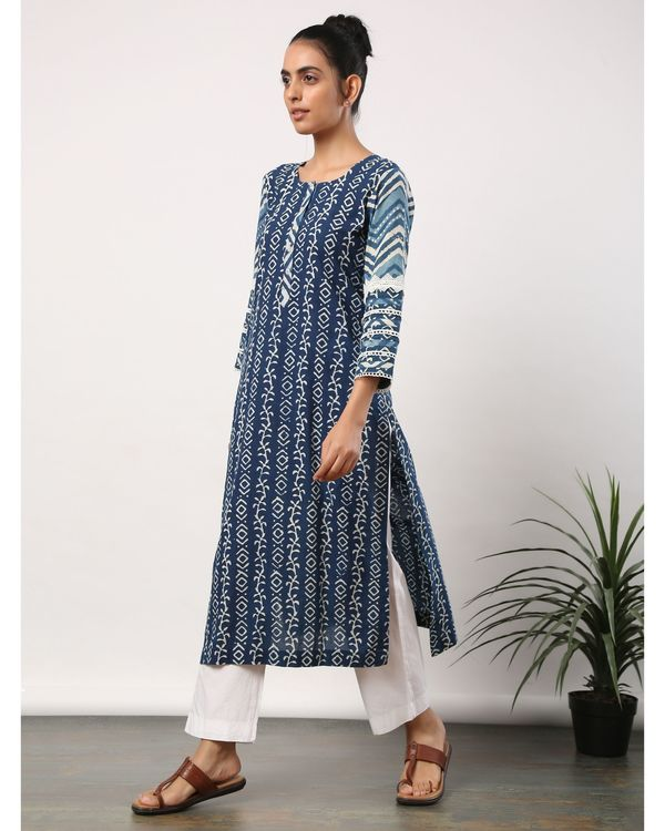 Indigo printed straight kurta with lace detailing 2