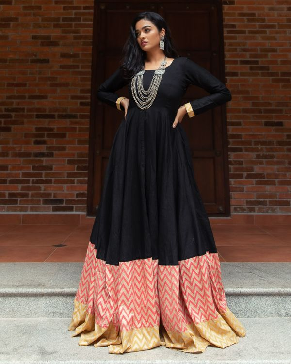 Black dupion paneled flared dress with dupatta - Set Of Two 3