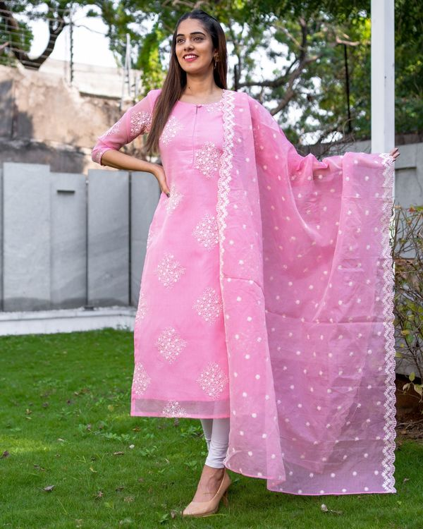 Rose pink embroidered kota kurta with dupatta - Set Of Two 3