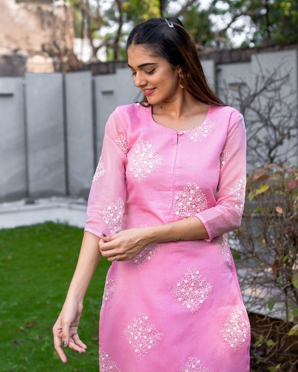 Rose pink embroidered kota kurta with dupatta - Set Of Two 1