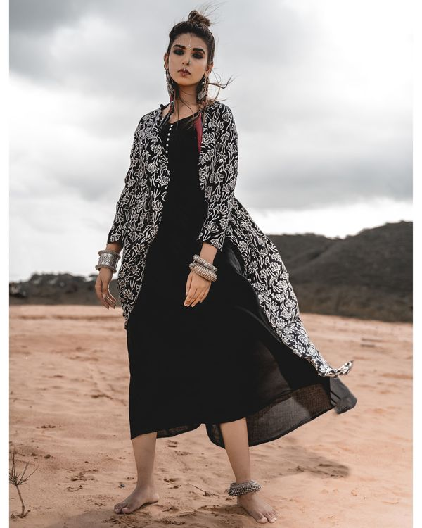 Asymmetric block printed cape with inner - set of two 1
