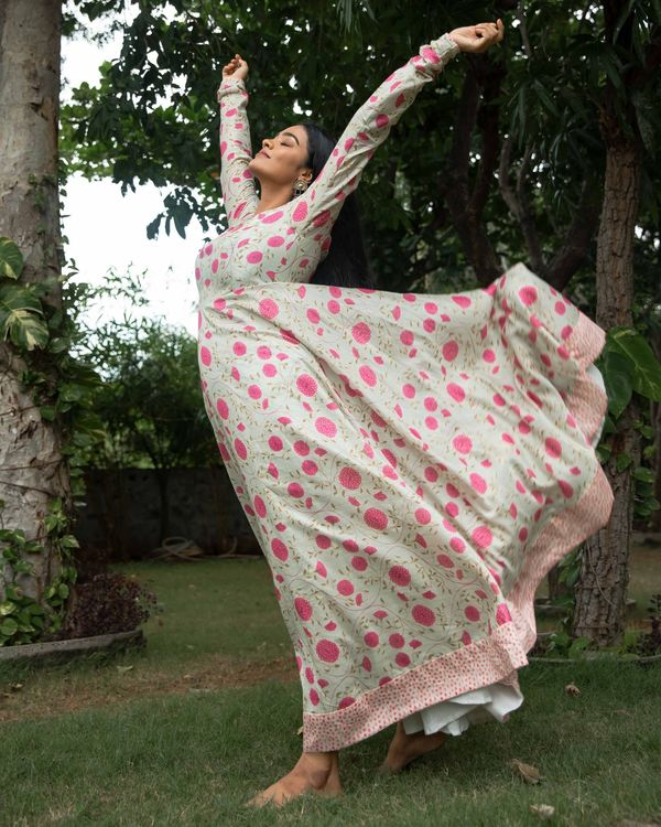 Light beige and pink floral printed chanderi dress 3