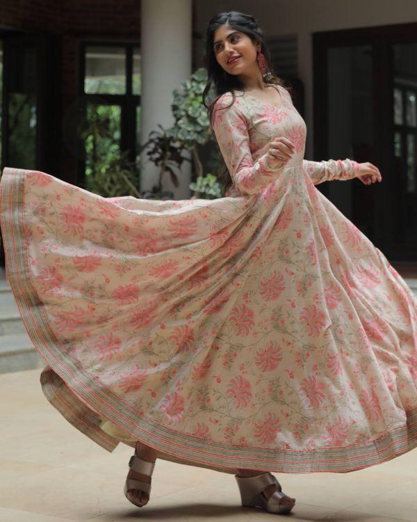 Beige and pink floral jaal printed chanderi dress 2