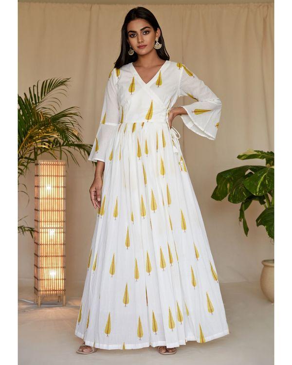 Yellow leaf printed angrakha dress and net dupatta - Set Of Two 2