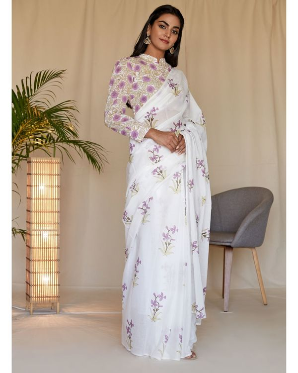 Lilac lily block printed sari with blouse - Set Of Two 2