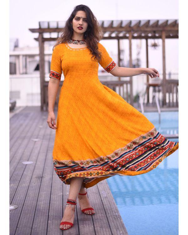 Mustard yellow bandhej printed dress 2