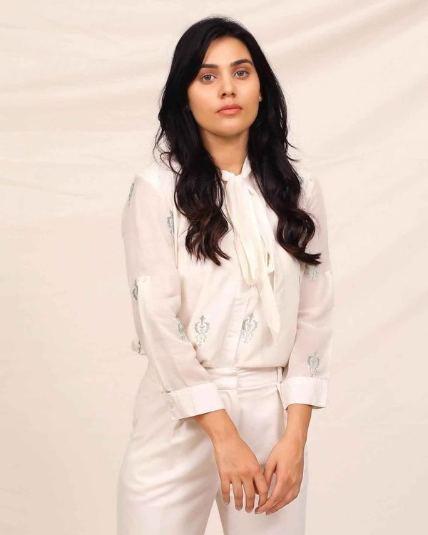 White moroccan embroidered shirt 2