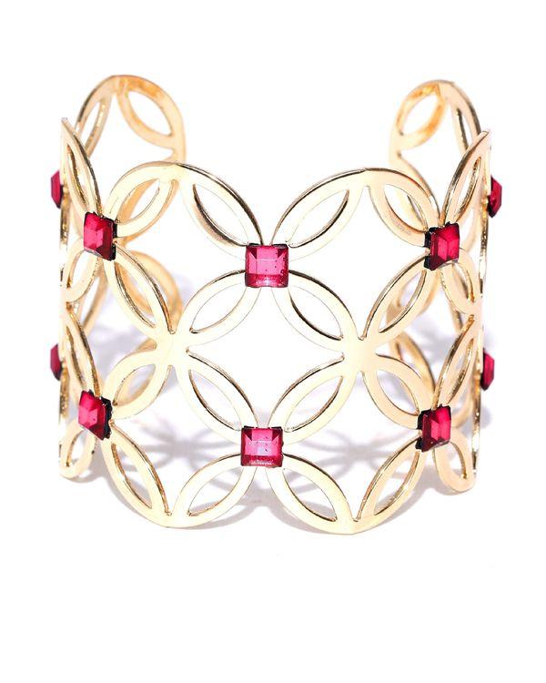Petal motif cuff bracelet 1